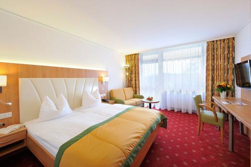 Johannesbad Thermalhotel Ludwig Thoma - Bad Fuessing - Bedroom