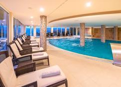 Spa & Wellness Hotel Pinia - Malinska - Zwembad