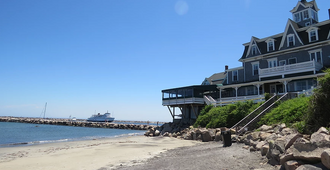 Block Island Beach House - Block Island