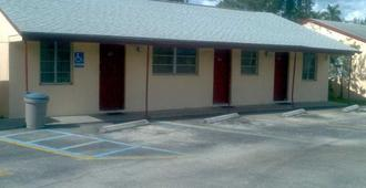 Palm City Motel - Fort Myers - Edificio