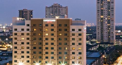 休斯敦廣場萬怡酒店 - 休士頓 - 休斯頓 - 建築