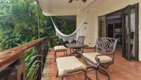 Tulemar Resort - Manuel Antonio - Patio