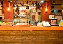Argo Hotel Piraeus - Pireus - Ruoka