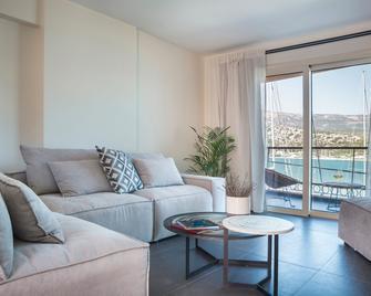 Argostoli Marina Suites - Argostoli - Wohnzimmer