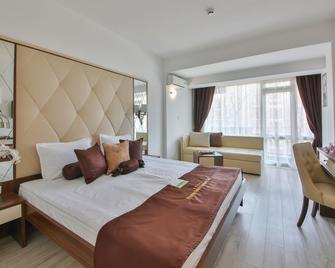 Prestige Deluxe Hotel Aquapark Club - Golden Sands - Bedroom