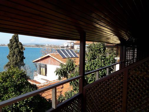 Antonios Motel - Side (Antalya) - Ban công