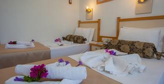 Rebin Beach Hotel - Fethiye - Bedroom