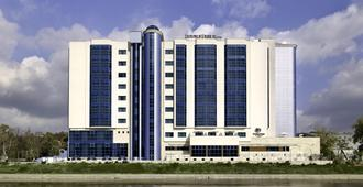 DoubleTree by Hilton Oradea - אוראדיה
