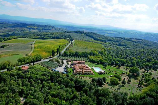 Hotel Casolare Le Terre Rosse - San Gimignano - Outdoor view