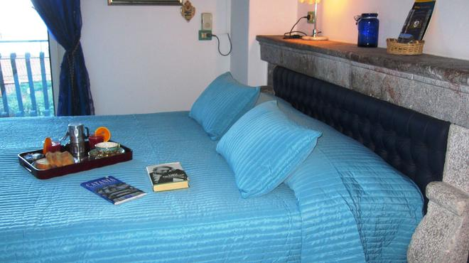 Bed and Breakfast Villa Schiticchiu - Taormina - Makuuhuone