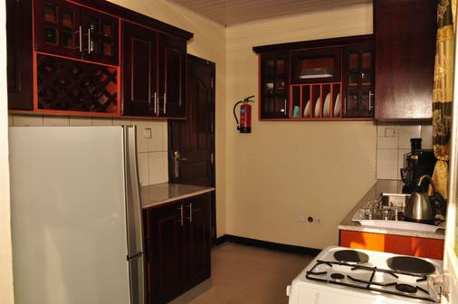 科巴旅館 - 阿迪斯阿貝巴 - 廚房