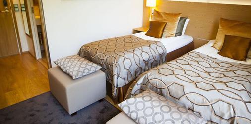 Hotel Savoy - Maarianhamina - Makuuhuone