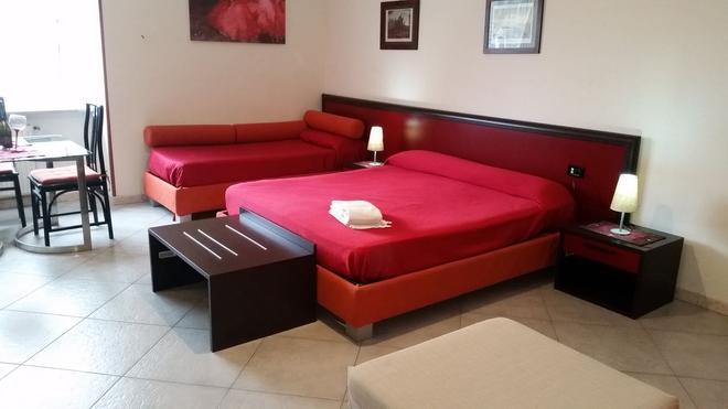 美美德加飯店 - 那不勒斯 - 臥室