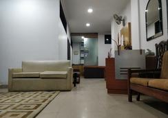 Perfect Residency - New Delhi - Lobby