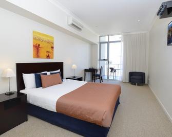 Macquarie Waters Boutique Apartment Hotel - Port Macquarie - Bedroom