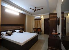 S4 Residency - Chennai - Schlafzimmer
