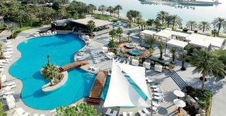 The Ritz-Carlton Bahrain - Manama - Piscina