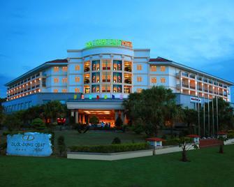 Dlgl - Dung Quat Hotel - Quang Ngai - Building