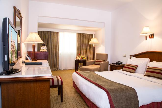 Baron Hotel Cairo Heliopolis - Каир - Спальня