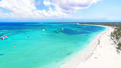 Los Corales Beach Village - Punta Cana - Beach
