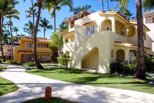 Los Corales Beach Village - Punta Cana - Building