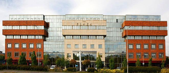 The Plaza Hotel - Dublin - Building