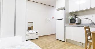 Seogwipo Olle Hue Hostel - Seogwipo - Bedroom