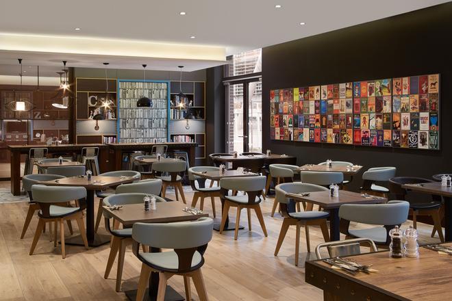 Premier Inn Frankfurt Messe - 法蘭克福 - 餐廳