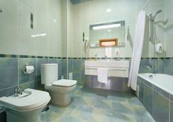 Pansionat Plaza Essentuki - Yessentuki - Bathroom