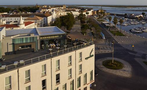 Hotel Faro & Beach Club - Faro - Building