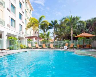 Courtyard by Marriott Fort Lauderdale SW/Miramar - Miramar - Pool