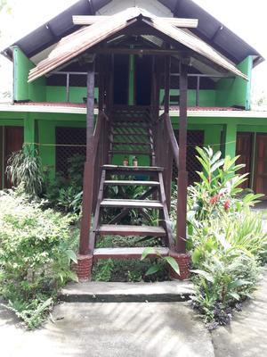 Chinitas Eco Lodge - Tortuguero - Building