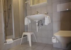 Hotel Beau Séjour - Leukerbad - Baño
