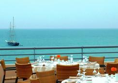 Grande Real Santa Eulalia Resort & Hotel Spa - Albufeira - Baari
