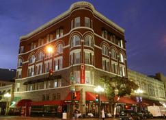 The Keating Hotel by Pininfarina - San Diego - Gebouw