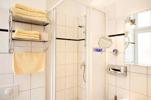 埃拉格港酒店 - 柏林 - 柏林 - 浴室