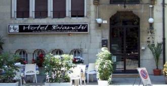Hotel Bianchi - Viareggio - Building