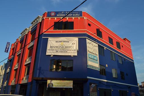OYO 1151 Diamond Hotel - Kota Bharu - Toà nhà