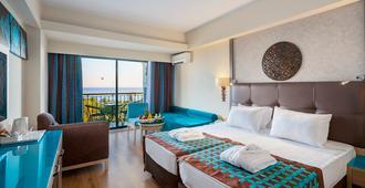 Nashira Resort Hotel & Aqua - Spa - סידה - חדר שינה