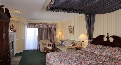 Ascot Inn at the Rock - Morro Bay - Bedroom