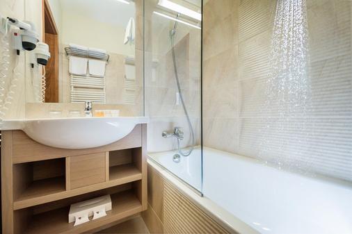 Hotel Európa Fit - Hévíz - Bathroom