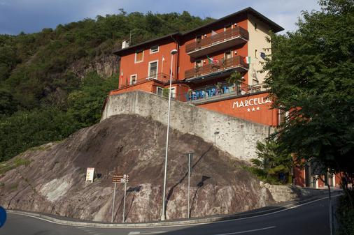 Albergo Marcella - Darfo Boario Terme - Building