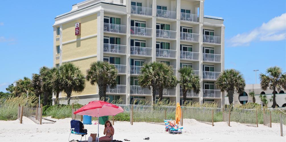 Best Western Plus Grand Strand Inn Suites 38 1 6 8 Myrtle Beach Hotel Deals Reviews Kayak