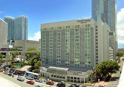 Courtyard by Marriott Miami Downtown/Brickell Area - Miami - Building