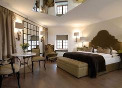 Hotel Heinitzburg - Windhoek - Yatak Odası