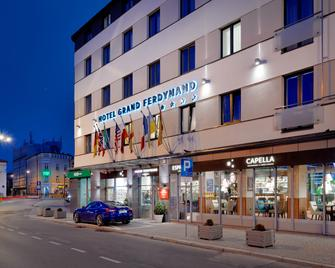 B&b Hotel Rzeszów Centrum - Rzeszow - Building