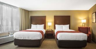 Comfort Inn Memphis Downtown - Мемфис - Спальня