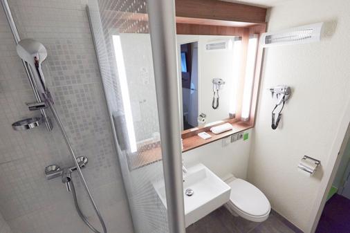 Campanile Senlis - Senlis - Bathroom