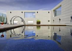 Hotel Alfonso - Zaragoza - Bể bơi