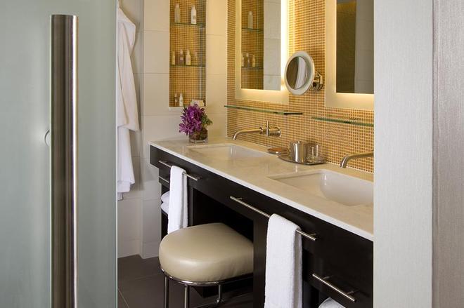 Hotel Breakwater South Beach - Bãi biển Miami - Phòng tắm
